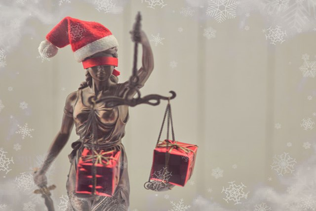 Holiday Gift Ideas for Lawyers